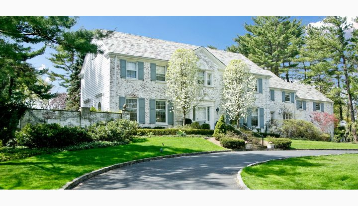 62 Birchall Drive Scarsdale, NY 10583 - Image 1