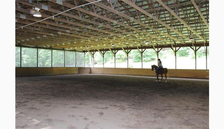 75 Honeysuckle Hill Ln Easton, CT 06612 - Image 1