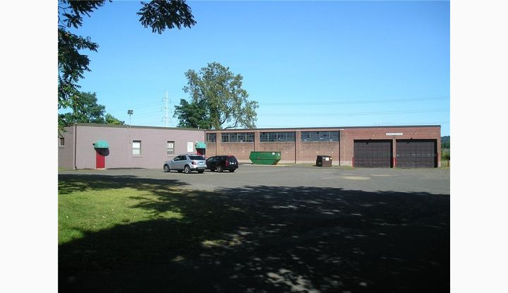 2115 State Street Hamden, CT 06517 - Image 1