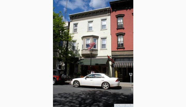 522 Warren Hudson, NY 12534 - Image 1