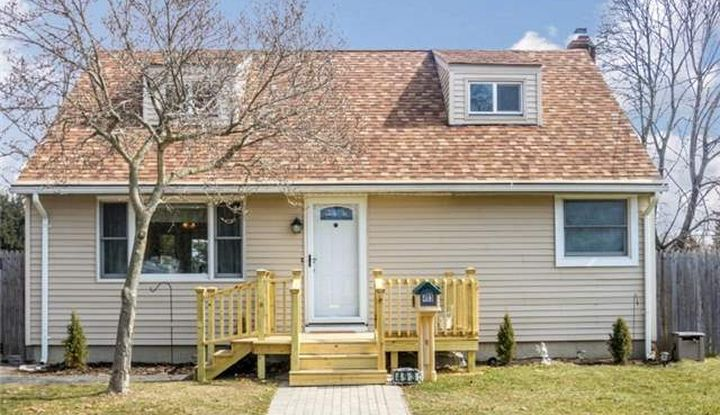 493 1st Ave - Image 1