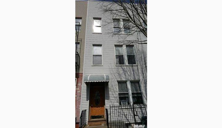 113 Calyer St Brooklyn, NY - Image 1