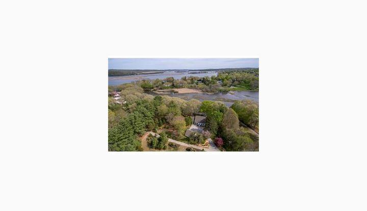 73 River Rd Essex, CT 06426 - Image 1