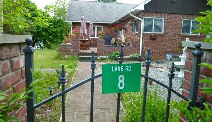 8 Lake Road - Image 1