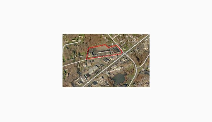 308 Racebrook Rd Orange, CT 06477 - Image 1