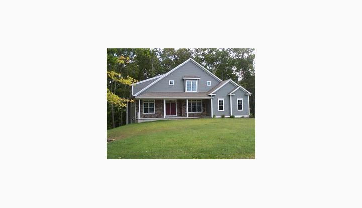 72 Beacon Hill Dr Mansfield, CT 06268 - Image 1