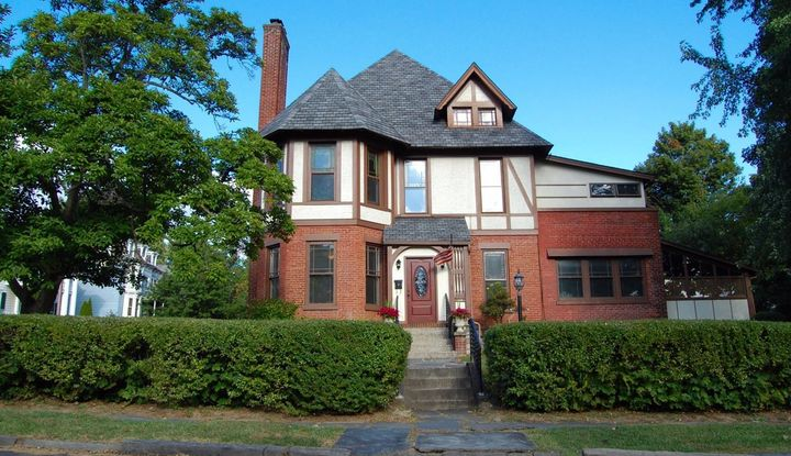 152 Broad Street - Image 1