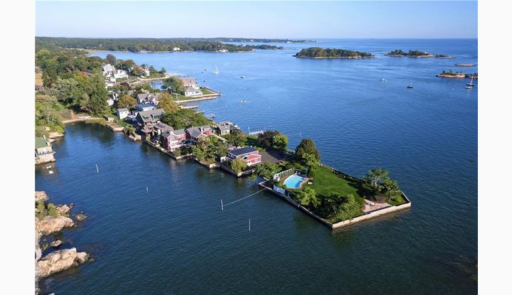 51 Flying Point Rd Branford, CT 06405 - Image 1