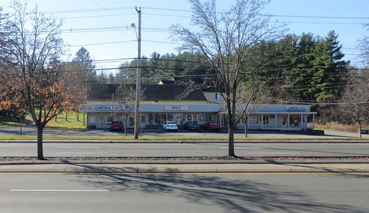 200 MANCHESTER RD - Image 1