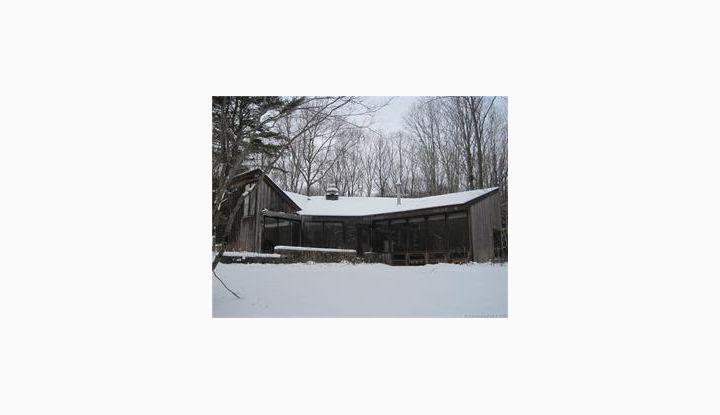 604 Phoenixville Chaplin, CT 06235 - Image 1