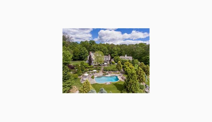 123 Brush Hill Rd Lyme, CT 06371 - Image 1