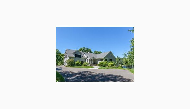 8 Premium Point Ln Danbury, CT 06804 - Image 1